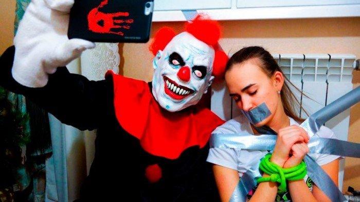 «А кто это тут у нас с красным носом?». Несколько страшных историй о клоунах